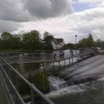 Picture of a weir at Mill End